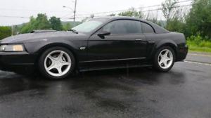 MUSTANG   GT   2001  6.500$