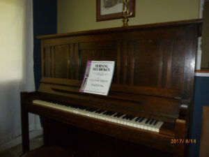 1917 Heintzman upright grand piano