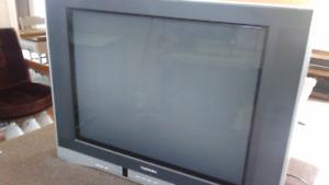 Toshiba Television - 32''