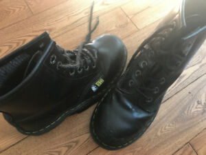 unisex steel-toed Doc Martens SFA safety boots