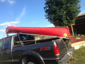 CANOES 16' FIBREGLASS , excellent condition