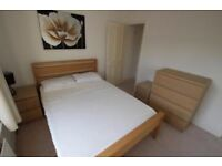 *** WIMBLEDON - 3 CHEAP DOUBLE ROOMS FOR SINGLE USE- HOUSE WITH LIVING ROOM AND TV