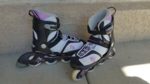 Girls In-line Roller Blades - Adjustable from size 4 to 8. Great
