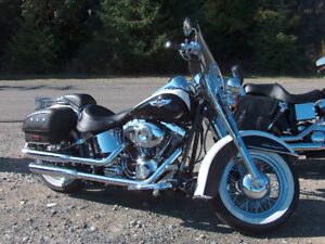 Two-Tone Pearl White & Black Softail Deluxe