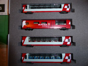 KATO SET DU GLACIER EXPRESS N SCALE 4 WAGONS.  A VENDRE:  SET KA