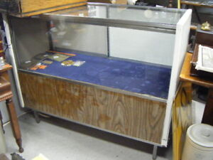Store showcase and Bombay display table