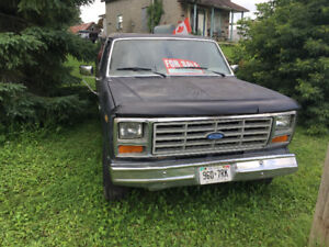 82 Ford F-250 no rust from California