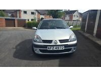 2002 renault clio with full m.o.t