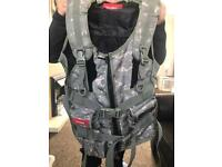 Tn games 3rd space large digicam fps gaming vest