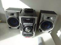 Sony mini Hi-fi with 2 speakers , 3 disk changer, tape player