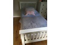 Lovely White Company single white shaker style bed