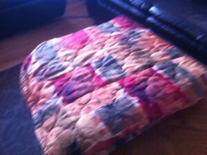 """Bed Spreads 90""""X120"""" like new"""