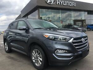 2017 Hyundai Tucson SE Panoramic Sunroof, Leather, Bluetooth,...