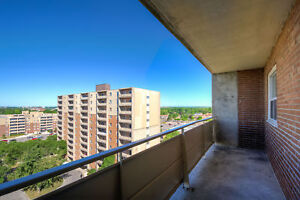 JULY OR AUGUST RENOVATED ONE BEDROOM SUITES London Ontario image 11