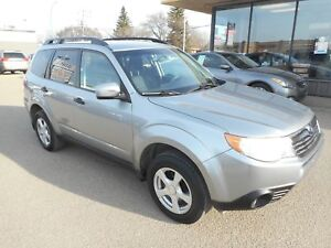2010 Subaru Forester 2.5 X Outdoor Package AWD/ 5 Speed Manual