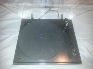 High end British turntable