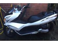 Honda pcx 125 2013 read low miles px only