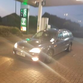 For mondeo 2006 estate with tow car and mot till 2018 only 350