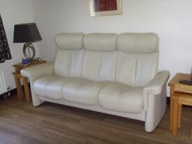 STRESSLESS 3STR. SOFA/CREAM LEATHER/EXCELLENT CONDITION