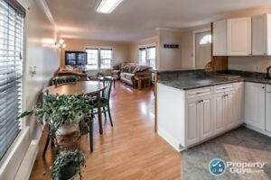 Updated 3 bed Mini Home in great location