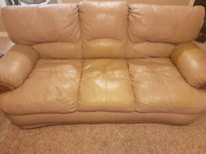 Leather beige couch set (4 pieces)
