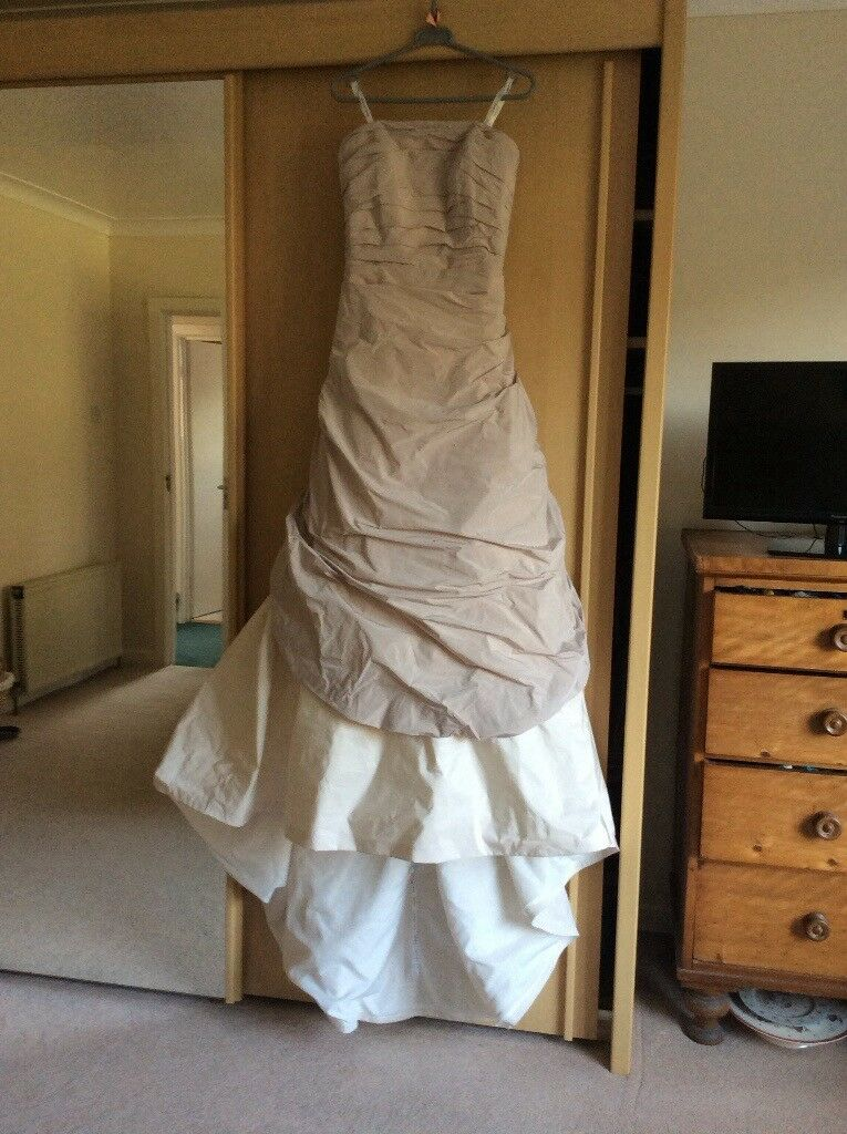 Ian Stuart Florence Wedding Dress