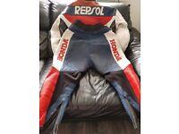Repsol mens leathers xl