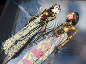 Indonesian Stick puppets from Bali - Vintage authentic