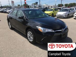 2015 Toyota Camry LE--1 OWNER--LOW KM'S--LOOKS BRAND NEW