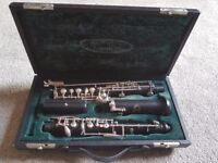 Howarth B Oboe with case and accessories