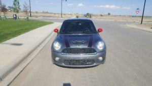 2010 MINI COOPER JCW RARE LOW KM