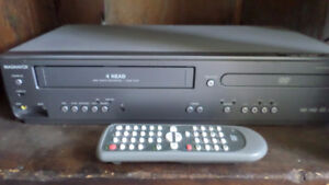 MAGNAVOX 4-Head -DVD/CD Player with Video Cassette Recorder