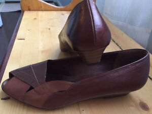 Women Shoes HOGL (Austria) New, Brown, Genuine Leather. Size 7.5