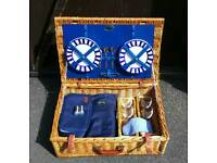 Optima 4 persons picnic basket