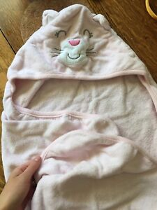 Hooded kitty infant towel