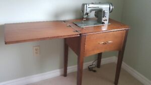 Sewing Machine WITH Sewing Table/Cabinet GREAT DEAL