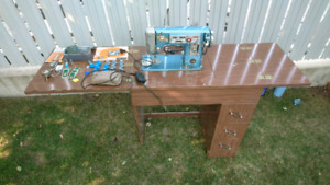 Arrow Automatic sewing machine table