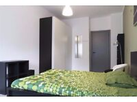 !!!WORK IN THE CITY? CHECK OUR ROOMS IN OLD STREET! ALL INCLUDED AND NO FEES!!!