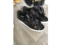 Puma Heart Baskets Size 3