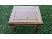 pine coffee table good condition only £10.00
