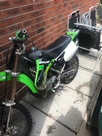 kx85 Kawasaki 2005 great condition needs for nothing starts in first kick always £750 uno