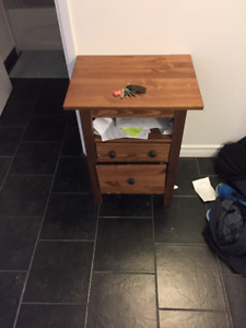 Accent Table 21 x 16 x 28