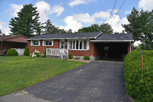 SIZE IS DECEIVING WITH THIS BUNGALOW  ID# 1046275