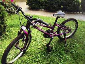Beau vélo enfant / beautiful kid bike