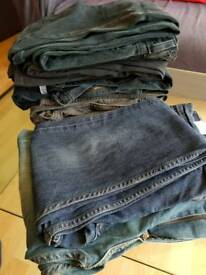 8 pairs of Levi jeans