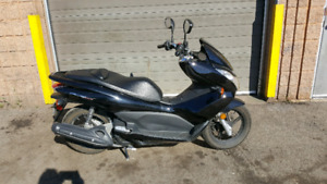Honda 150 cc gas scooter