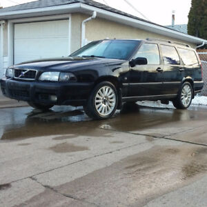 1999 Volvo V70 XC Wagon *PARTS*