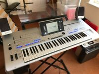 Yahama Tyros 4 Keyboard with stereo speakers and bass speaker with stand,volume pedal, manual. Boxed