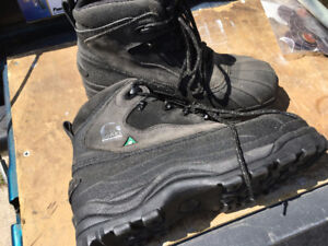 NEW SOREL SAFETY TOE WORK BOOTS SIZE 12