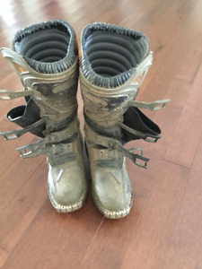 Size 9 Dirt Bike Boots